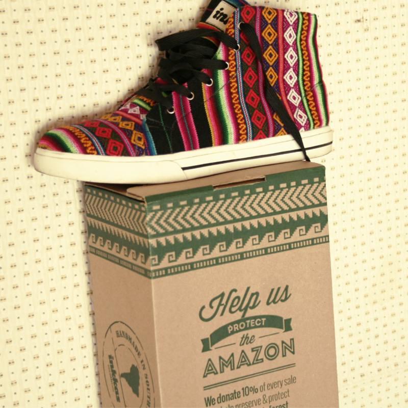 Inkkas to buty szyte przez Indian z Peru tradycyjnymi tkaninami w ramach sprawiedliwy handlu fair trade.